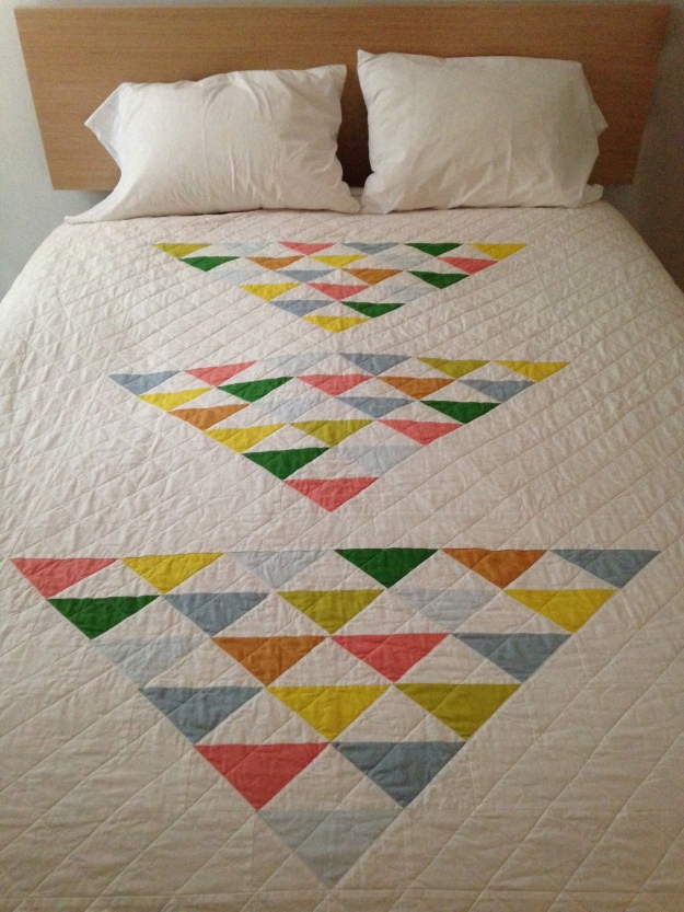 Three flocks quilt, finished July 2014